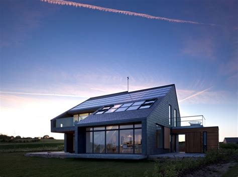 22 best images about self sustaining homes design on