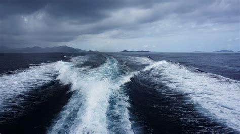 fast boat el nido to coron philippines coron to el nido amazing fast boat trip doovi