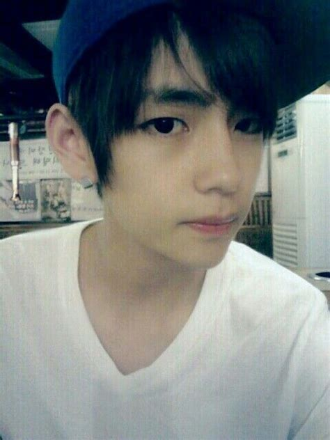 kim taehyung teenager 17 best images about v kim taehyung on pinterest sexy