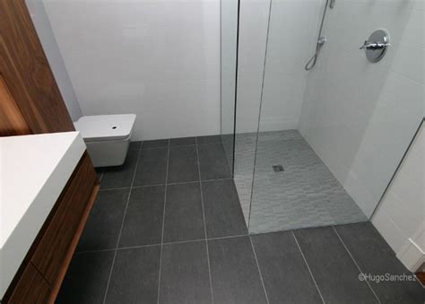 How to Renovate a Bathroom Ceramic Floor   Renovation Quotes