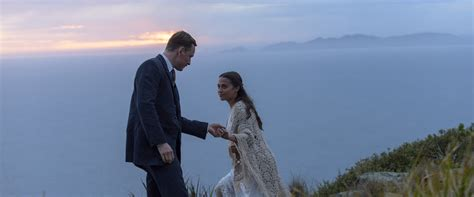 the light between oceans the light between oceans review 2016 roger ebert