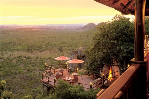 luxury at its best south african house by antoni associates the luxury south african ulusaba game reserve mdolla