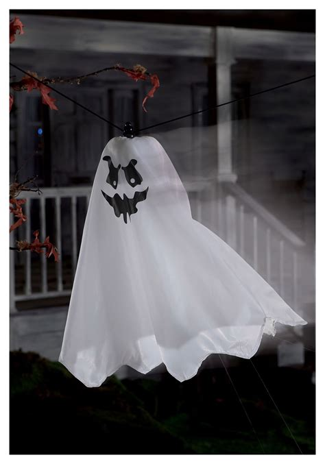 Uv String - flying ghost