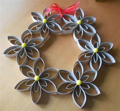 imagenes de flores con tubos de papel bao manualidad 15 manualidades de navidad con rollos de papel