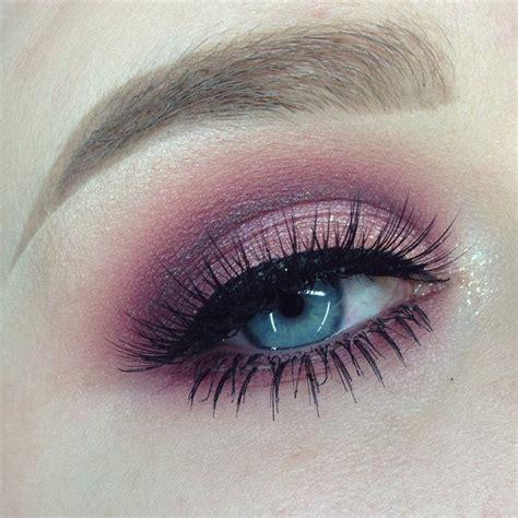 tutorial makeup sarah ayu cranberry cut crease makeup tutorial cut crease makeup