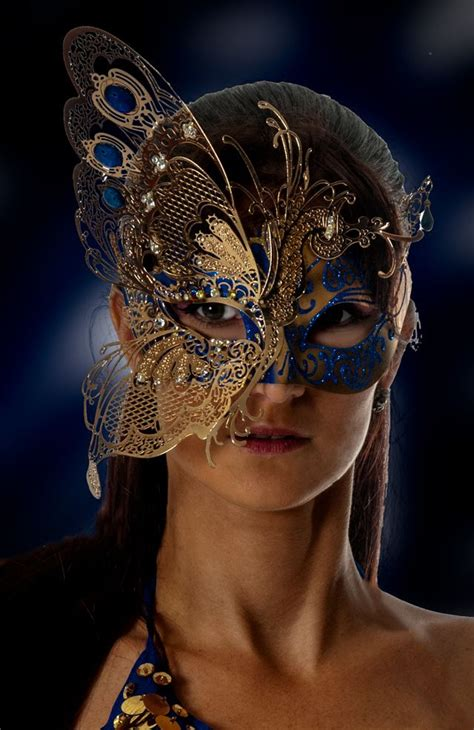 How Do You Make A Mask Out Of Paper - best 25 masks ideas on masquerade masks near
