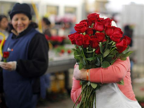 Buy Flowers by The Ultimate Guide To Buying Flowers On S Day