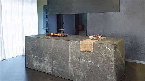 cucine pietra cucina monoblocco a scomparsa in pietra di corinto con isola