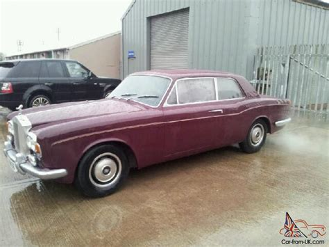 roll royce maroon 1971 rolls royce maroon corniche fixed head coupe