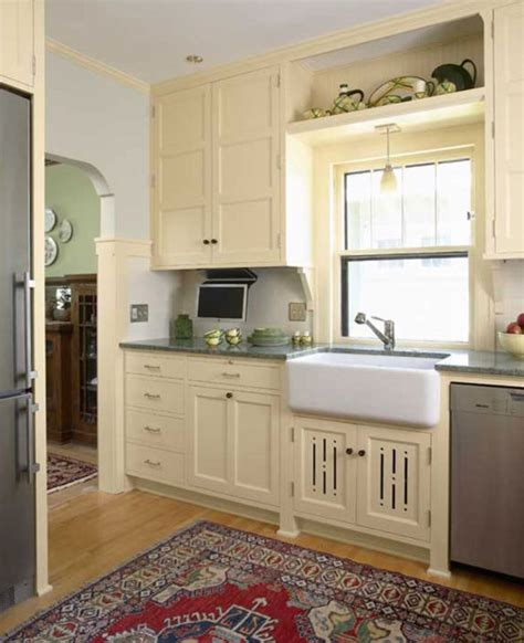 craftsman kitchen cabinets love this craftsman kitchen craftsman ideas pinterest