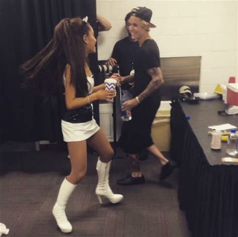 Justin And Scarletts Miami Hookup by Justin Bieber And Grande S Relationship History