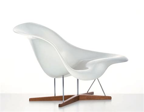 chaise eames eames la chaise hivemodern com