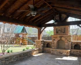 Patio Fireplaces by Patio Fireplace Pictures And Ideas