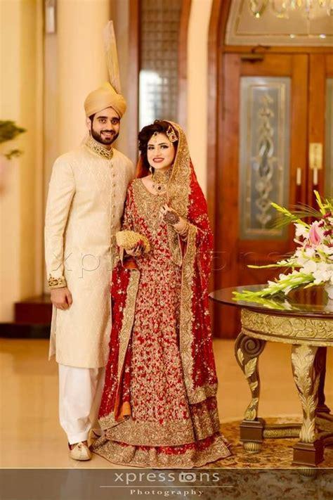 wedding draping styles ways of bridal lehnga dupatta draping with incredible