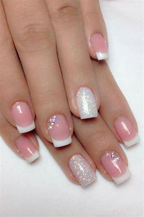 imagenes de uñas blancas con plata u 241 as acrilicas sencillas pero elegantes