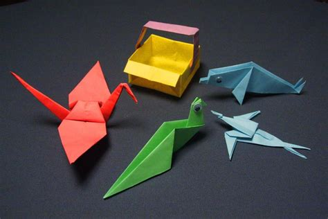 Different Origami Folds - all kinds of paper crafts