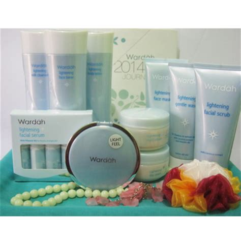 Harga Wardah Lightening Acne Series wardah lightening series