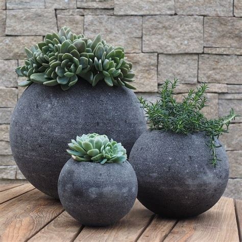 garden pots and planters best 25 contemporary planters ideas on