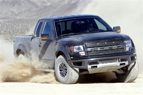 2011 ford f 150 svt raptor 6 2l as truck of the year