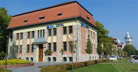 Budapest Business School Mba by Budapest Cus