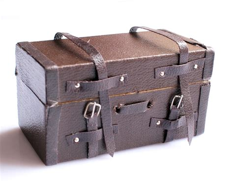 Decorative Suitcase by Buy Wholesale Decorative Suitcases From China