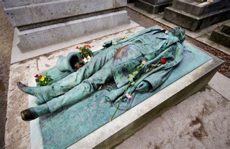 pere la chaise pere lachaise cemetery in