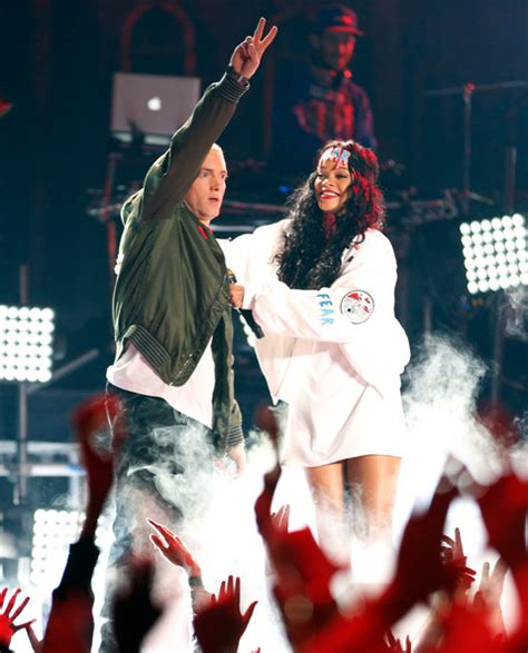 movie with eminem 2014 missinfo tv 187 eminem rihanna perform at the 2014 mtv