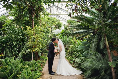 A Matthaei Botanical Gardens Weddinge Schmidt Photography Botanical Garden Wedding