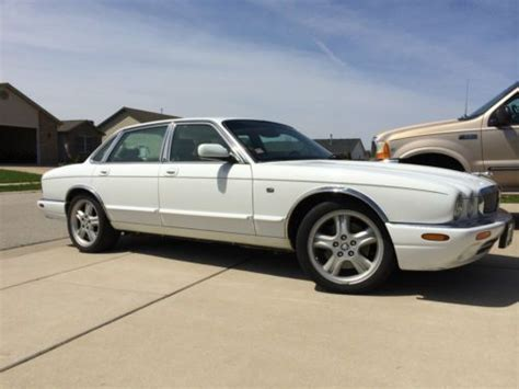 how can i learn about cars 1999 jaguar xk series engine control find used 1999 jaguar xjr supercharged harmon kardon v8 loaded garaged in chatham illinois