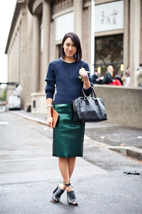Rok Fashionable Cindia Navy Mini Skirt trendy and colorful bags for this fall