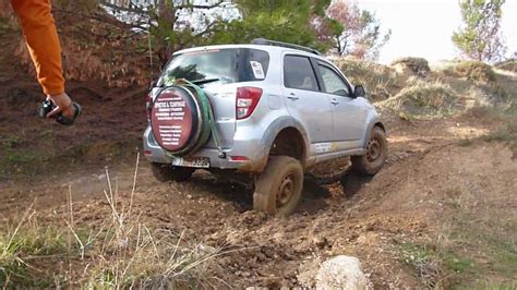 daihatsu terios off road tsadimis terios lowrange 3o event 4x4 extreme youtube