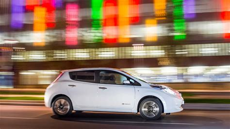 nissan car 2017 2017 nissan leaf release date redesign pictures