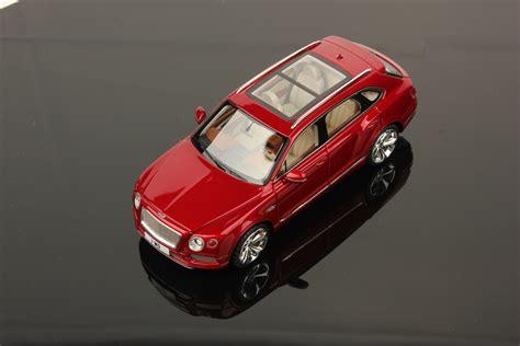 Bentley Bentayga Scale 1 43 Looksmart Models