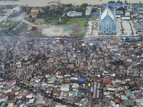 of manila staggering views of manila s insanely crowded slums wired