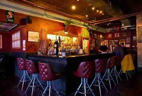 top bars in milwaukee best bars in milwaukee beverage director thrillist