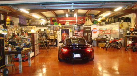 Rustic Decorations For Homes Inspiring Garage Decors As Man Cave Whether Man Room Ideas