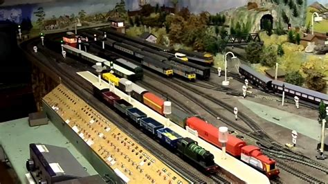 oo layout youtube oo gauge attic layout pullman running beofre cleaning