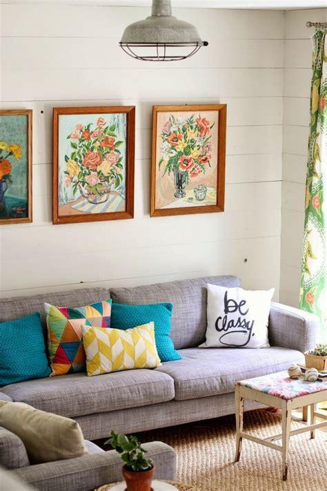 White Sofa Wohnzimmer Dekorieren Ideen by Kissen In T 252 Rkis F 252 Rs Wohnzimmer 25 Tolle Dekoideen