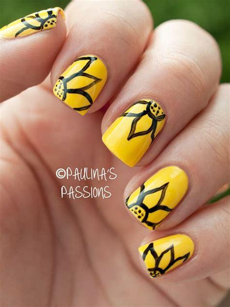 Yellow Flower Nail