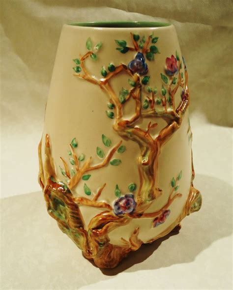 Clarice Cliff Vase by Clarice Cliff Quot Garden Quot Footed Vase From Sweetcandy On