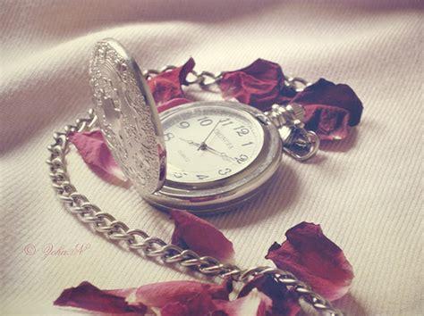 themes clock beautiful beautiful clock photography pocket watch red image