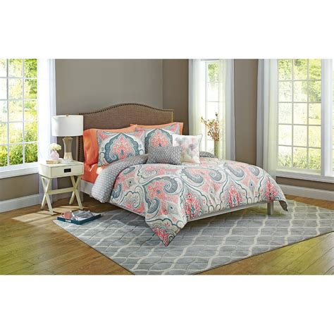 Better Homes And Garden Quilt Sets by Better Homes And Gardens Grey Medallion 5 Bedding