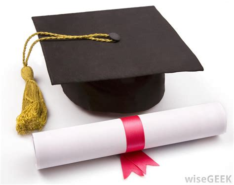 which is better a masters or bachelor degree what are the pros and cons of bachelor of science