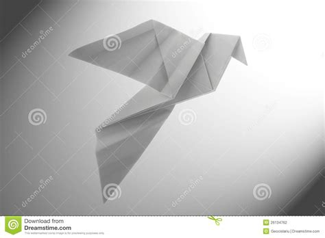 Peace Dove Origami - peace dove origami stock photography image 26134762