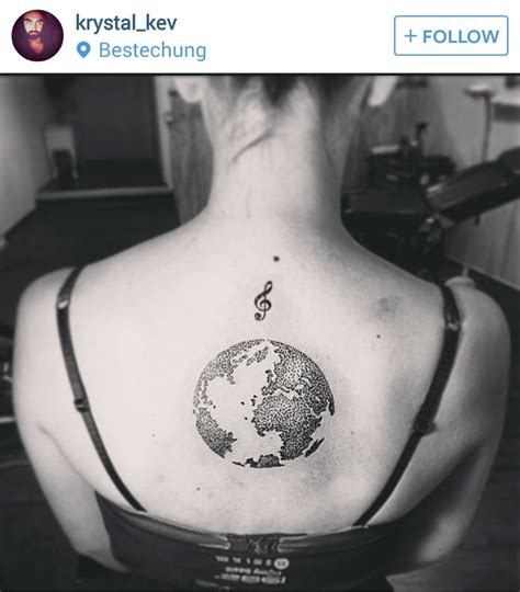 globe tattoo 25 best ideas about globe tattoos on traveler