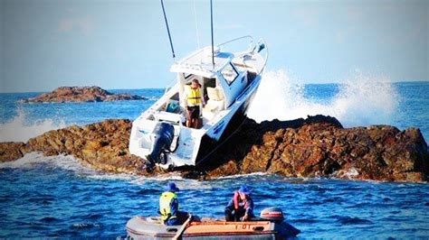 funny boat fails youtube people vs boats funny boat fails full epic life