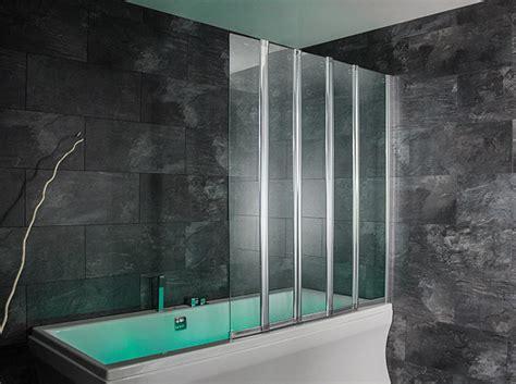 duschwand für badewanne glas badewannen abtrennung design