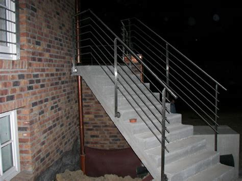 treppengeländer treppengel 228 nder aus klar lackiertem flachstahl 60 x 12 mm