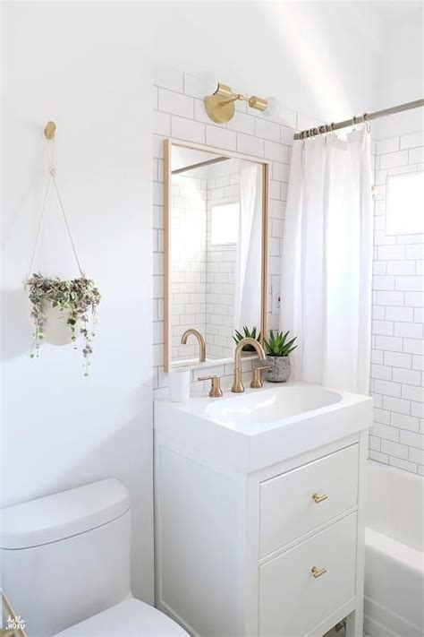Small White Bathroom Ideas by 37 Tiny House Bathroom Designs That Will Inspire You