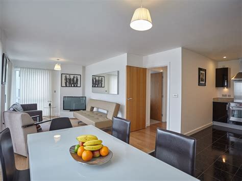 3 bedroom apartments london luxury riverside apartments luxury two and three bedroom